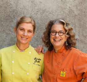 two female chefs