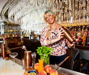 female mixologist
