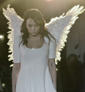 actress as angel