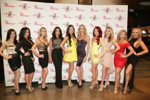 burlesque showgirls red carpet