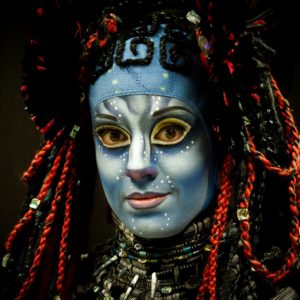 Cirque mask in blue