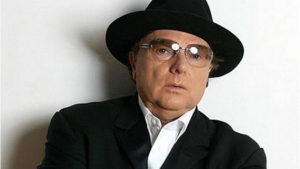 iconic singer in fedora