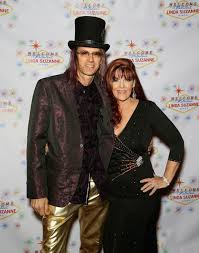couple on red carpet in vegas