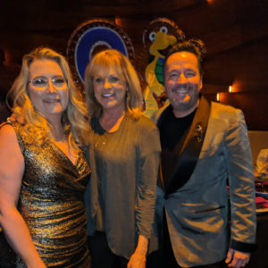 Las Vegas showman and two women