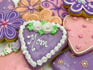 mothers day heart cookie