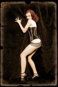 brunette burlesque dancer