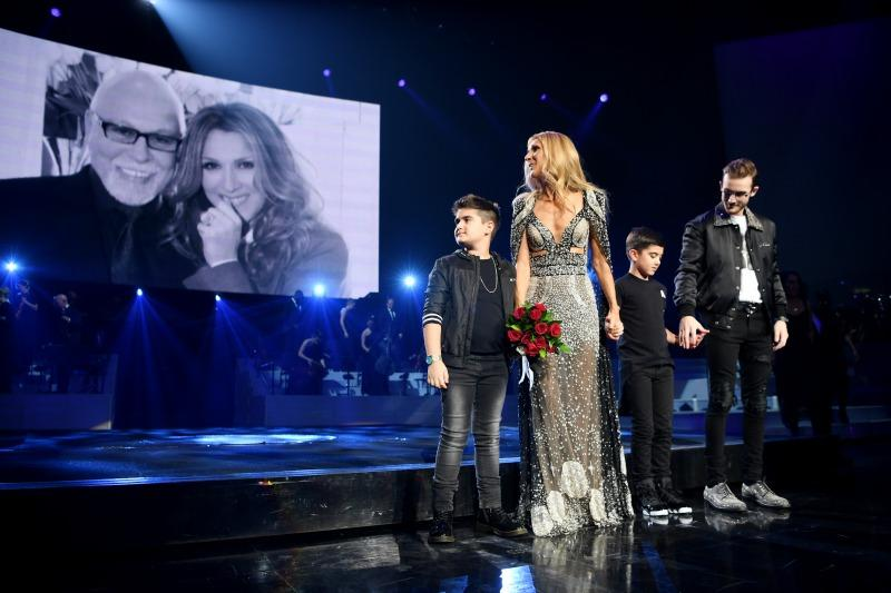 singer finale with sons